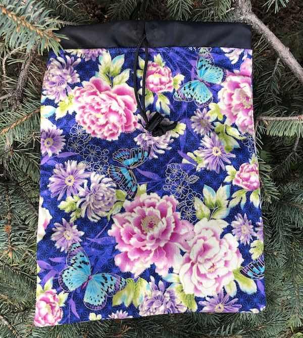 Flatie Jr. small flat drawstring bag for game tiles
