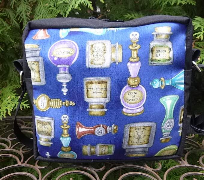 Witches potions shoulder bag