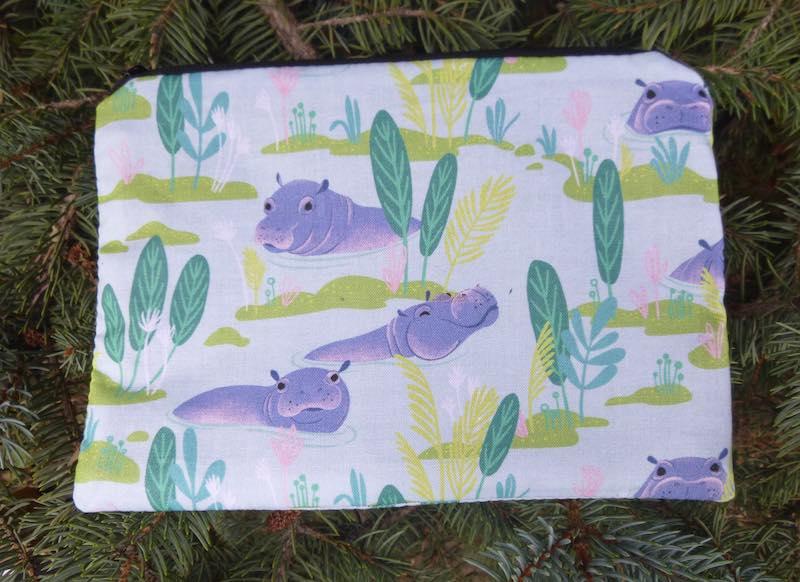 Hippos zippered bag for organizing