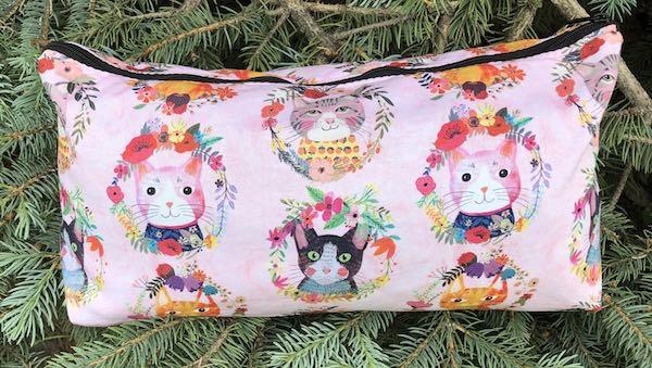 Flower Kitties Large Zini Flat Bottom Bag