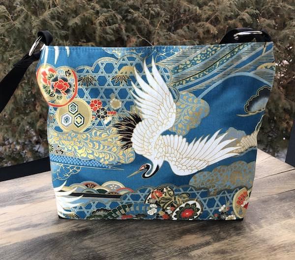 Japanese crane zippered crossbody purse with pockets