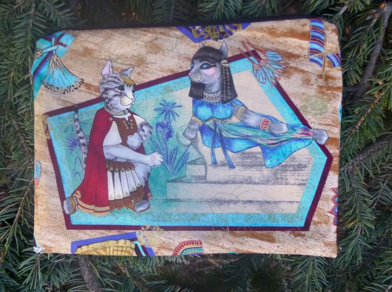 Cats as Egyptians pouch for mahjong card and coins