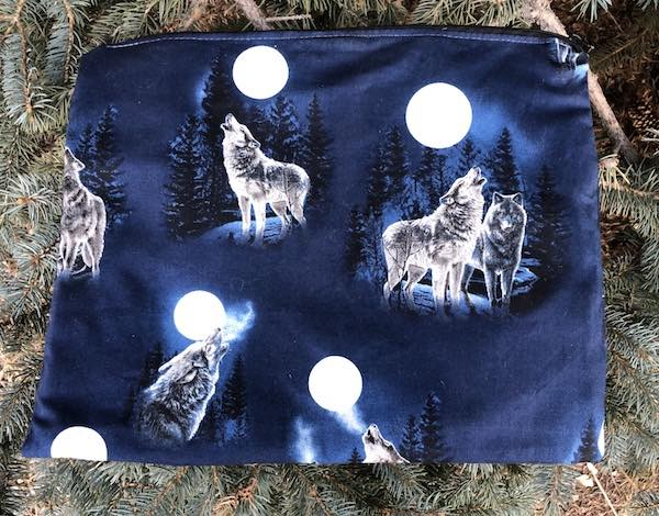 Wolves large zippered case for documents, craft project, travel