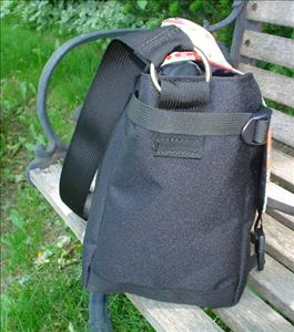 messenger bag with adjustable sides