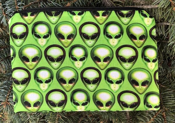 Aliens zippered accessory bag reusable gift bag