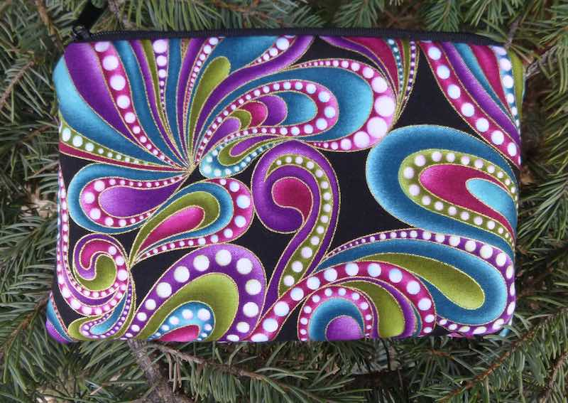 Paisley padded case with pockets for essential oils