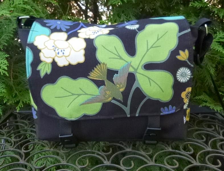 bird mini messenger bag