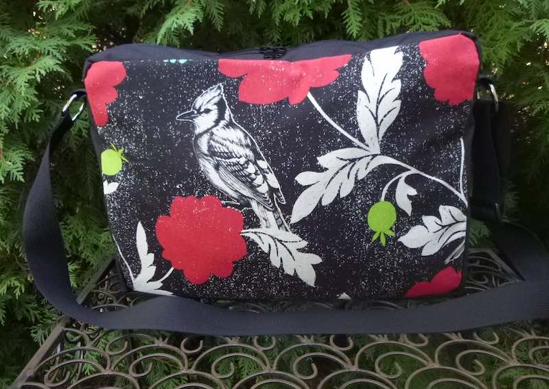 birds and flowers zippered cross body shoulder bag with pockets