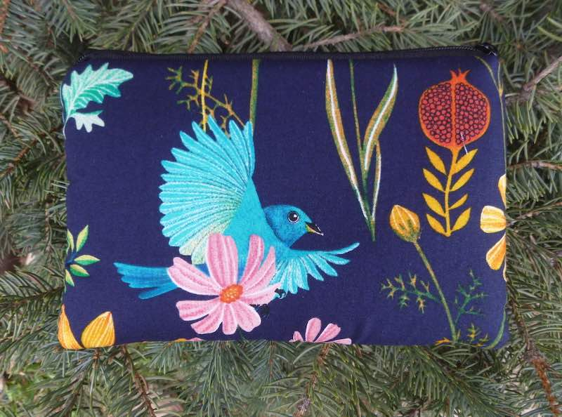 blue birds padded case for essential oils