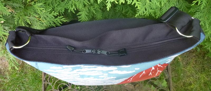 zippered travel bag Zoe's Bag Boutique