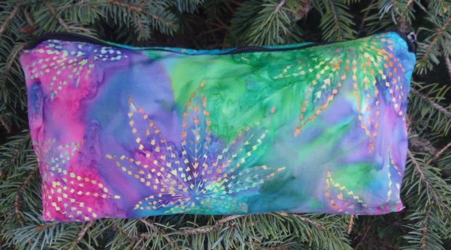 Cannabis marijuan leaves batik flat bottom bag for makeup pencils art supplies knitting