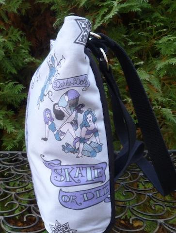 roller derby girls zippered purse
