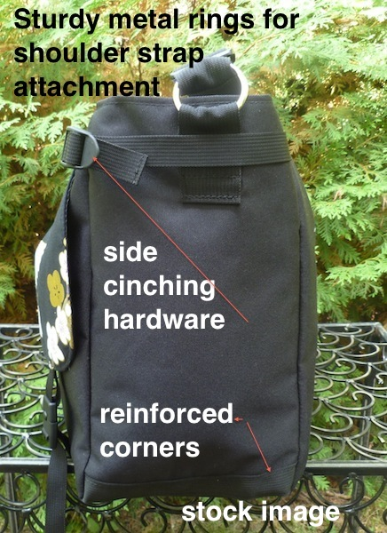 large messenger bag with side adjustments