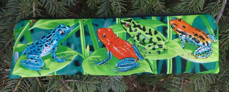 frogs pouch for paper straws or reusable straws