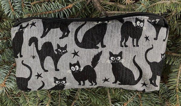 black cats glow in the dark flat bottom bag