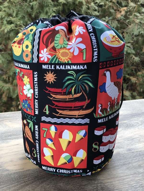 Hawaiian Christmas drawstring bag reusable gift bag, knitting project bag