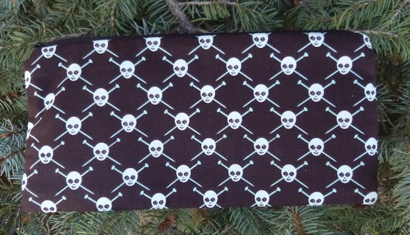 knit pirate skulls knitting needle pouch