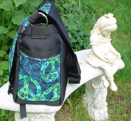 messenger bag with smart phone pocket