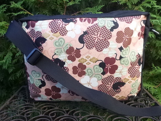 zippered shoulder bag custom made