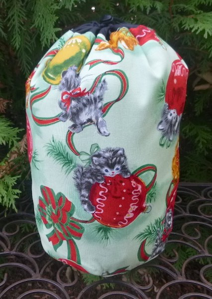 Retro Christmas cats drawstring bag knitting Scrabble mahjong rummikub
