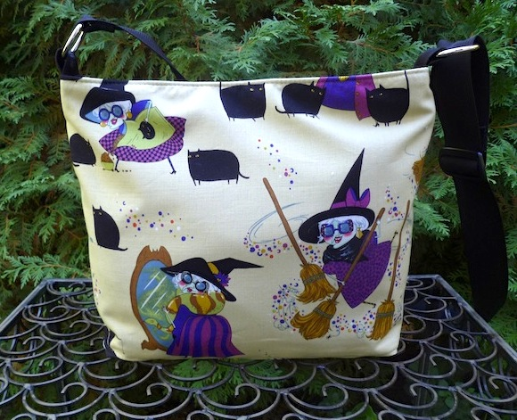 witch and black cat zippered purse