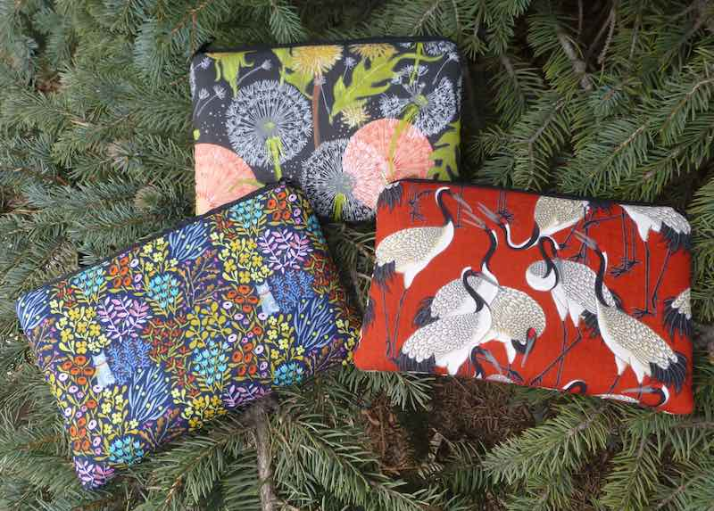 padded cases with pockets for essential oils