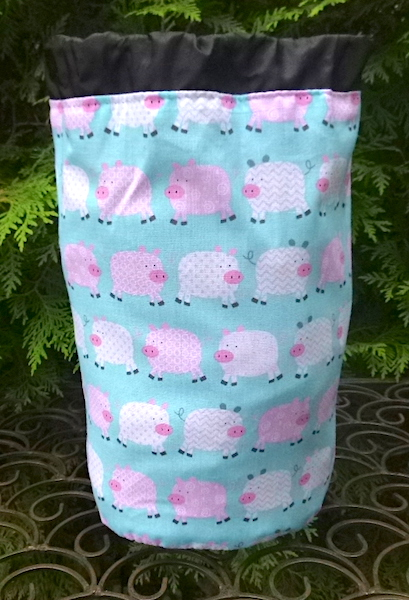 pigs knitting project bag
