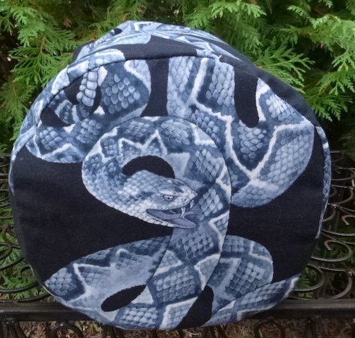 rattlesnake round drawstring bag for knitting, game tiles, stuff sack