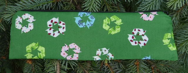 recycle sign long zippered pouch