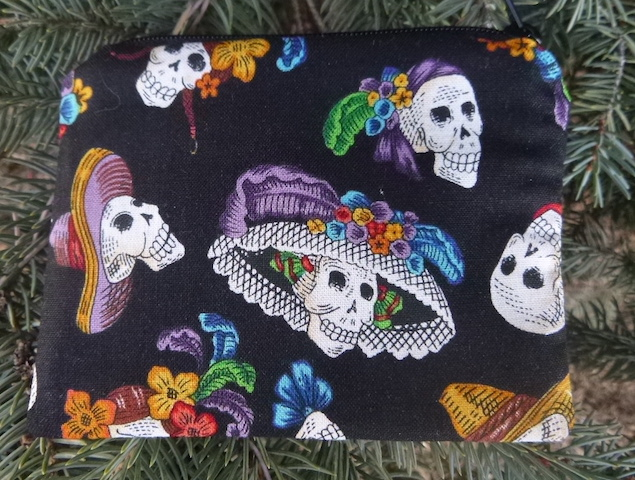 Day of the Dead skulls in hats coin purse