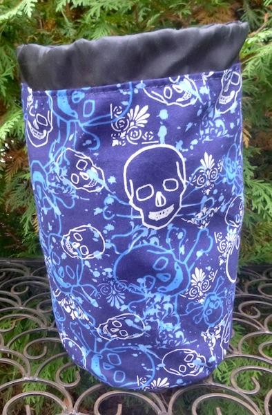 skull knitting project bag for men who knit