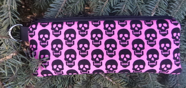 skulls glasses case