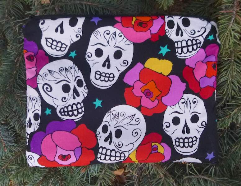 Day of the Dead Sugar Skulls mahjong card and coin case