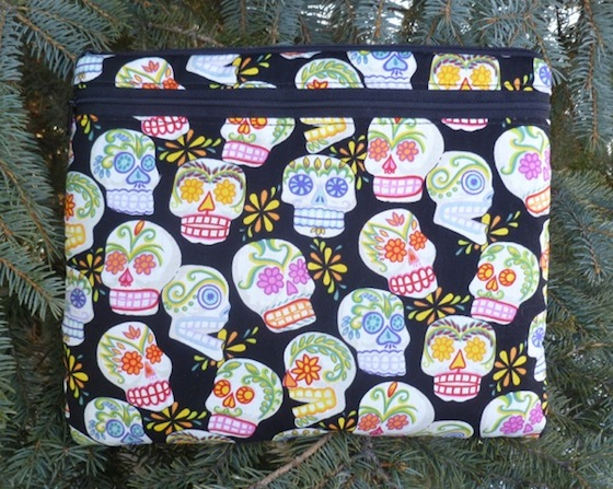 Sugar skulls sleeve for e-readers and tablets