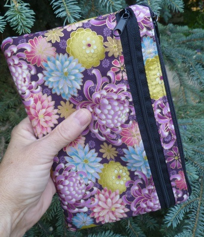 hand held wallet or wristlet