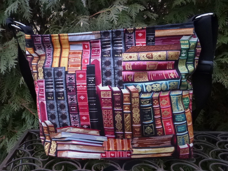 Classic Books Tootsie purse - Pick your handles