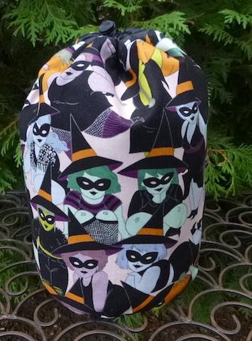 Belinda SueBee Round Drawstring Bag