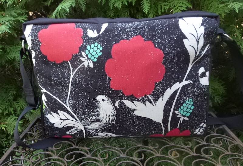 Birds and Blooms Medium Honeysuckle Deluxe Zippered Tote