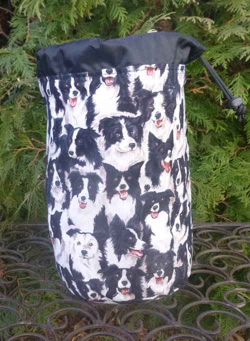 Border Collie SueBee Round Drawstring Bag