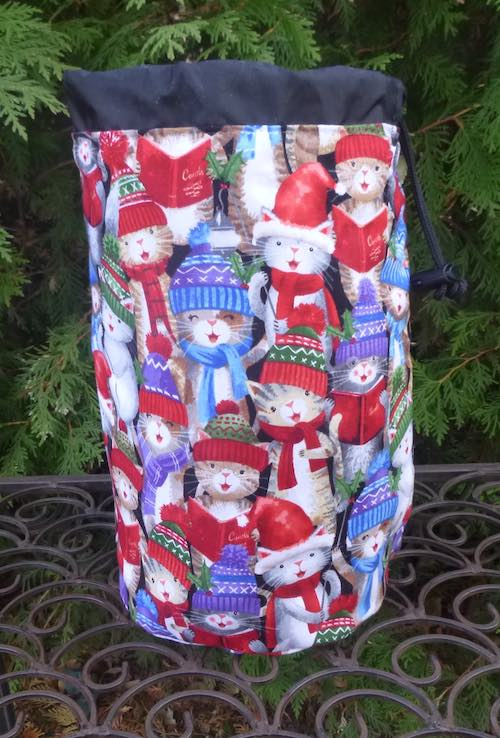 Christmas cats Round Drawstring Bag for knitting or game