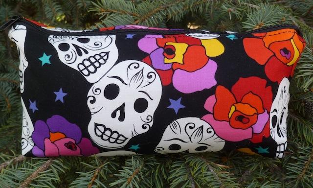 Estrellas de los Muertos flat bottom bag, The Zini