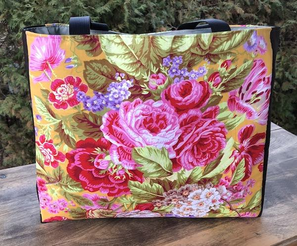 Floral Delight Medium Fleur Tote, wide