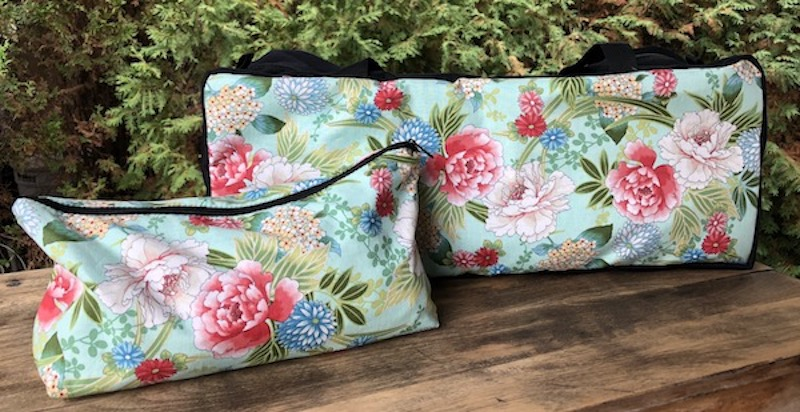 Japanese Floral on Mint Mahjongg Storage Set The Zippered Tote-ster and Large Zini