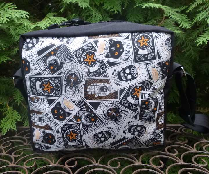 Fortune Teller's Cards  Shoulder Bag, The Raccoon