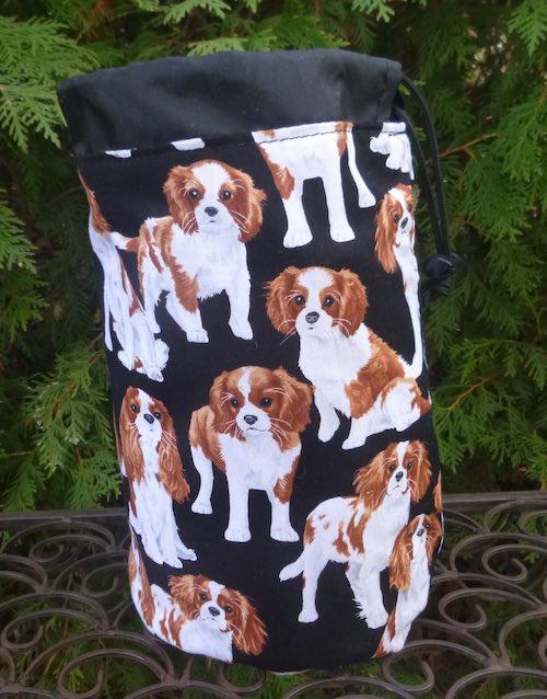 Cavalier King Charles Spaniels SueBee Round Drawstring Bag
