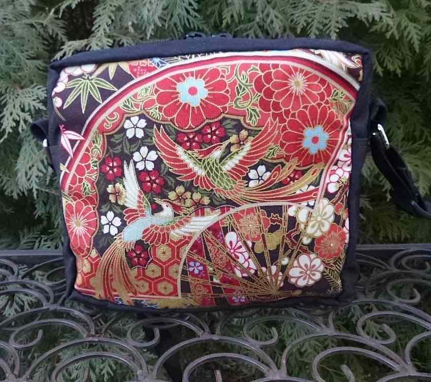 Phoenix Hipster Bag, The Otter