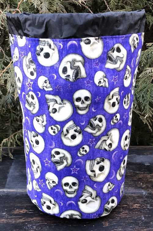 Speaking Skulls SueBee Round Drawstring Bag