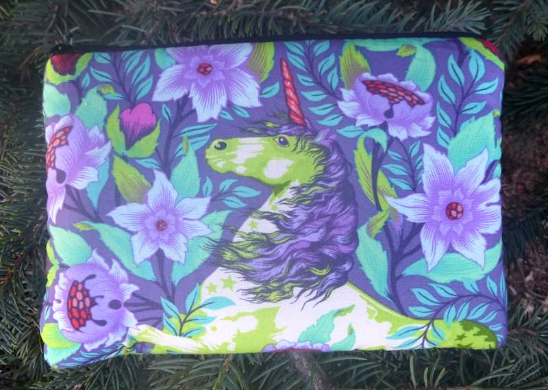 Unicorn Imaginarium padded case for essential oils, the Essence
