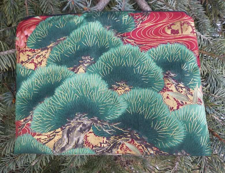 Japanese Bonsai Mahjongg card and coin purse, The Slide