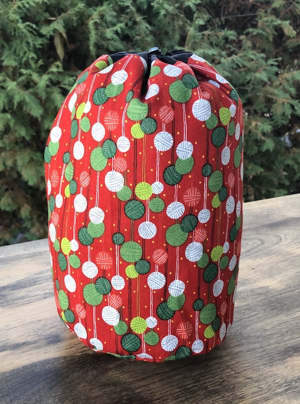 Christmas Knitting SueBee Round Drawstring Bag